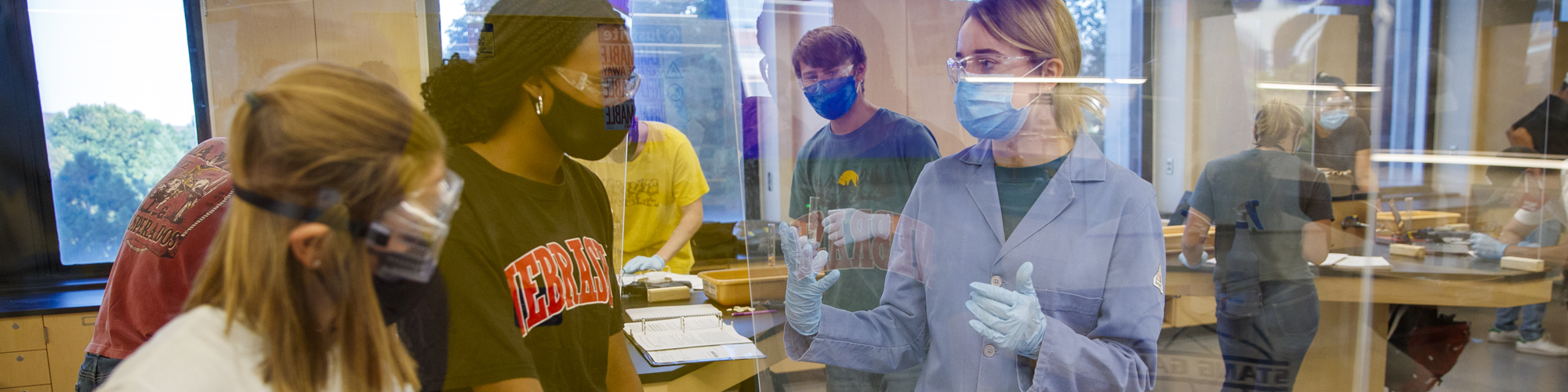 Students in lab with masks