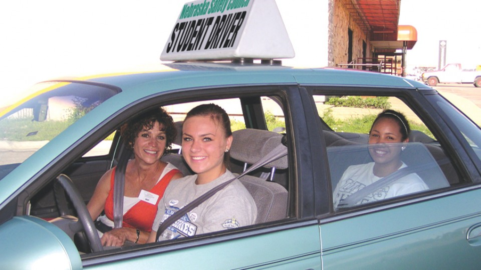 Study:  Driver's ed significantly reduces teen crashes, tickets